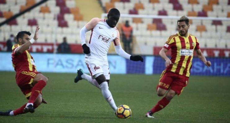 Galatasaray, liderliği Malatya'da bıraktı!